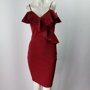 Dresses & Skirts - Spaghetti strap off the shoulder ruffle dress NWOT